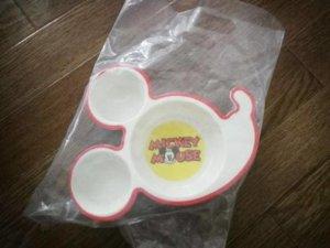 ディズニーランドのお子様カレーのお皿がかわい!